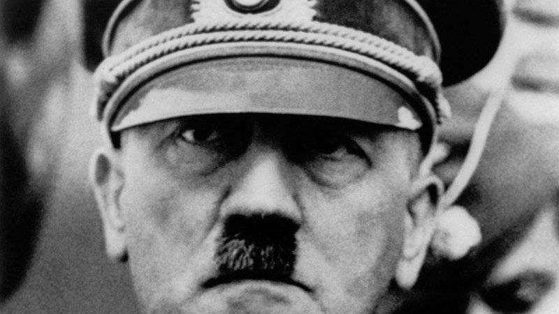 Замахи на Гітлера