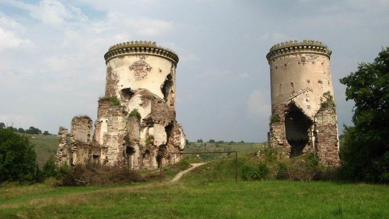 Червоногруд-замок, с. Нирків