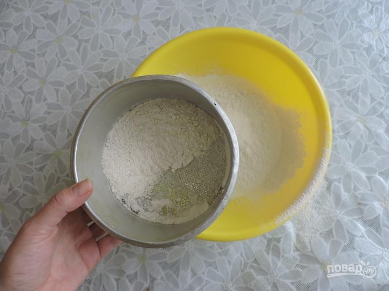 Коржі («лепешки») з сиром на кефірі в сковороді