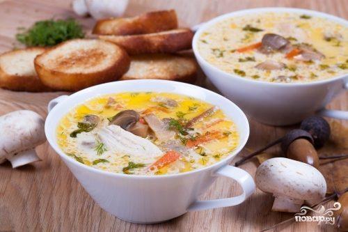Суп з плавленими сирками