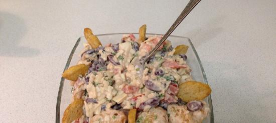 Салат з квасолі з сухариками – рецепт
