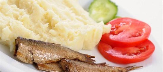 Анчоуси або кільки з картоплею – рецепт