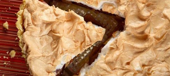 Яблучний пиріг на кефірі. – рецепт