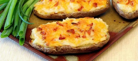 Печена картопля з рокфором – рецепт