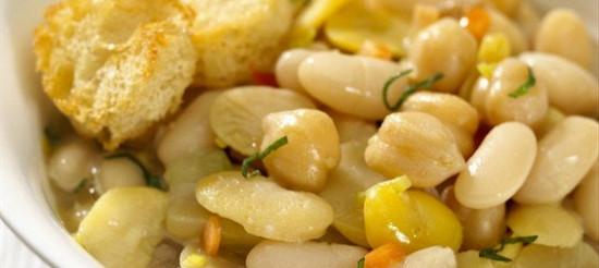 Квасоля з маслом і цибулею – рецепт