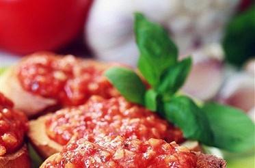 Брускетта з томатом – рецепт