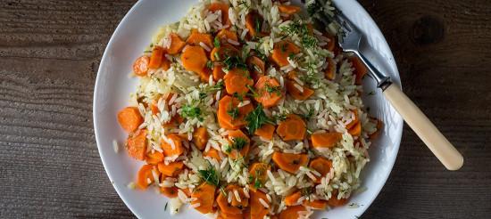 Морква тушкована, з рисом – рецепт