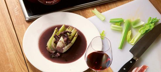 Селера з вином і беконом – рецепт