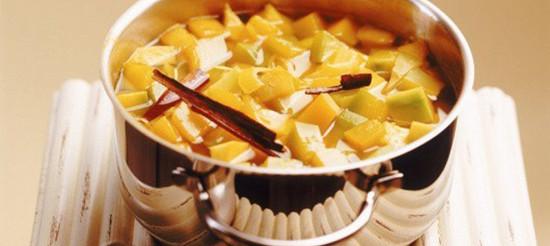 Компот зі свіжих яблук і мандаринів – рецепт