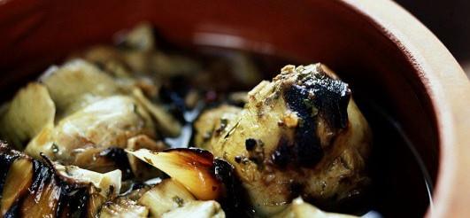 Смажені артишоки в соусі – рецепт