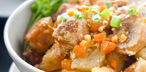 Смажена картопля з м'ясом по-корейськи – рецепт