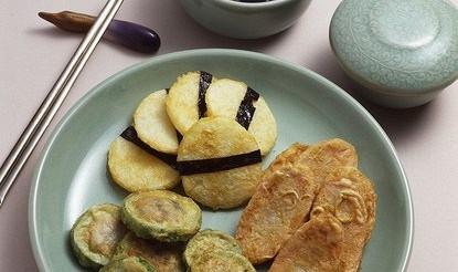Смажені кабачки з зеленню – рецепт