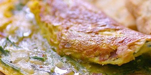Фріттата з цукіні і зеленим горошком – рецепт