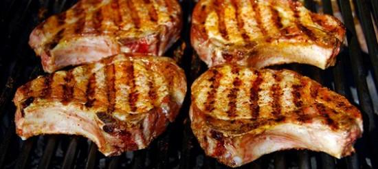 Костіцу (свинина на кісточці молдавською) – рецепт