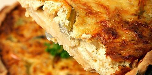 Цибулевий пиріг з грюйер – рецепт