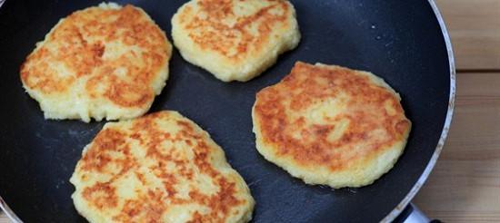 Картопляні оладки з грюйер – рецепт