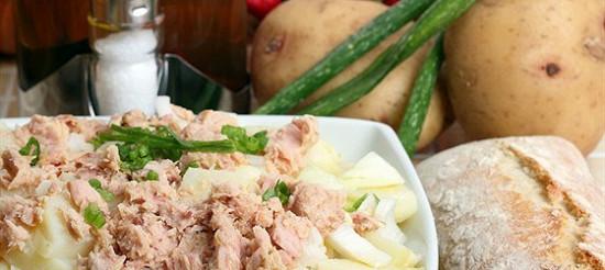 Картопляний салат з тунцем – рецепт