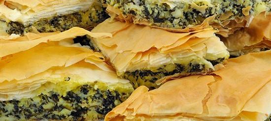 Листковий пиріг зі шпинатом і спаржею – рецепт