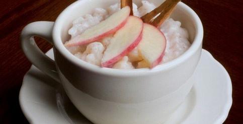Рисова каша з яблуками – рецепт