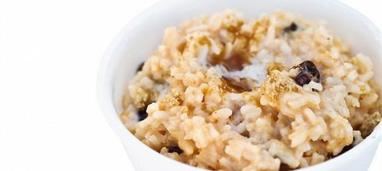 Рисова каша з чорносливом – рецепт