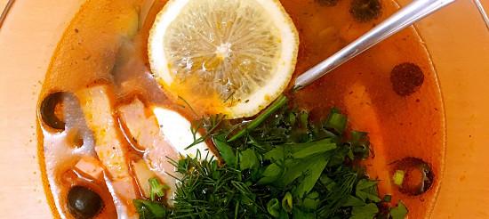 Солянка м'ясна – рецепт