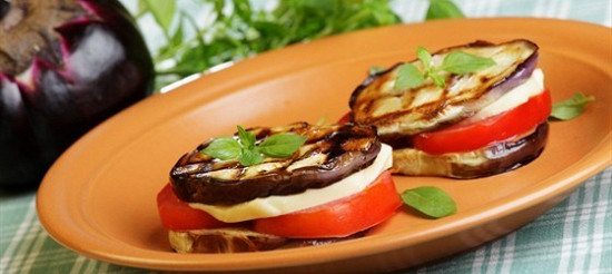 Бутерброд з баклажаном і моцарелою – рецепт