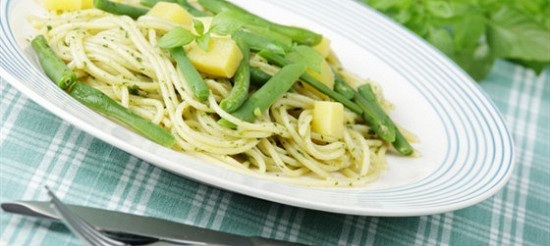 Спагеті по-генуезьких – рецепт