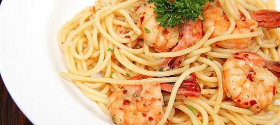 Спагеті з креветками – рецепт